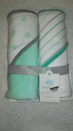 Cloud Island Infant Hooded Bath Towel. Pack of 2 New baby ba
