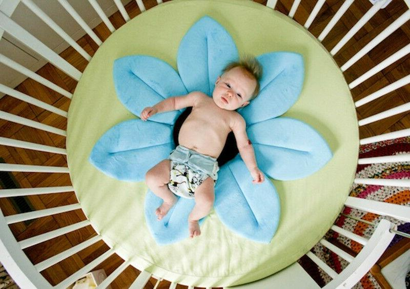Baby Infant Shower Bathtub Blooming Flower Bath Mat