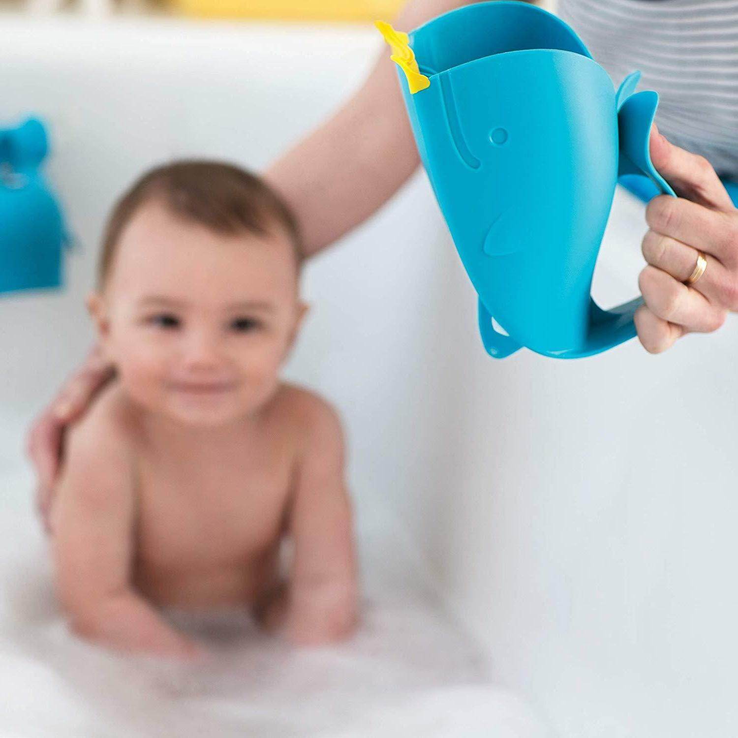 Skip Bath Tear-Free Waterfall Rinser Bath Cup, Blue